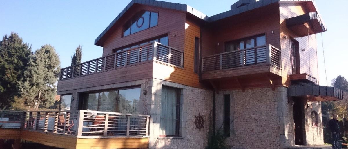 Permalink to: Ahşap pencere tamir ,montaj ve tadilat işlemleriniz.